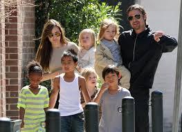 Семья Брэда Питта и Джоли пополнится