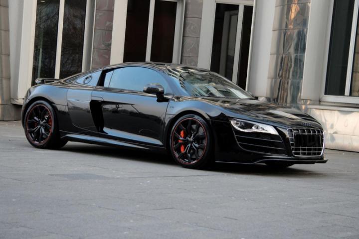 Audi R8 превратили в НЛО