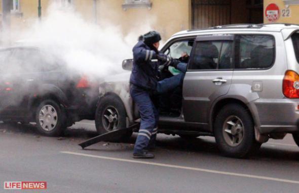 Нервные водители побросали машины ради драки